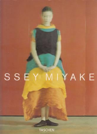 Issey Miyake [English-Deutsch-Français]